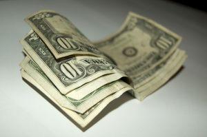 rp_840240_money_9.jpg