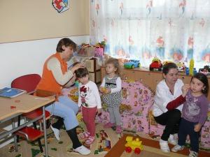 kindergarten-90505_640