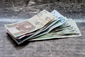 money-661584_1280