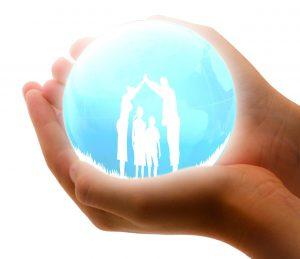 family-insurance-1316543_1280